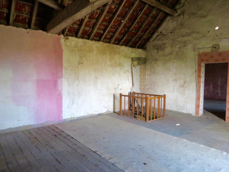 Maison à vendre à Saint-Savinien, Charente-Maritime - 103 550 € - photo 8