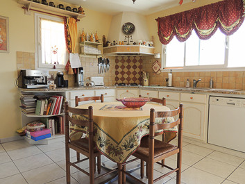 French property for sale in Riscle, Gers - €275,000 - photo 5