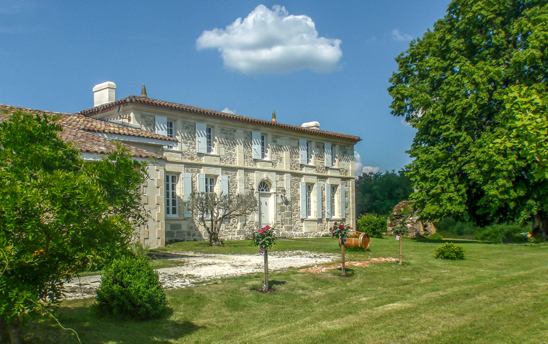 French property for sale in Saint-Martin-du-Bois, Gironde - €2,940,000 - photo 7