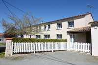 French property, houses and homes for sale inLa Jarrie-AudouinCharente_Maritime Poitou_Charentes
