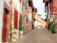 houses and homes for sale inSaint-Jean-Pied-de-PortPyrénées-Atlantiques Aquitaine