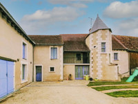 French property, houses and homes for sale inSaint-GenouIndre Centre