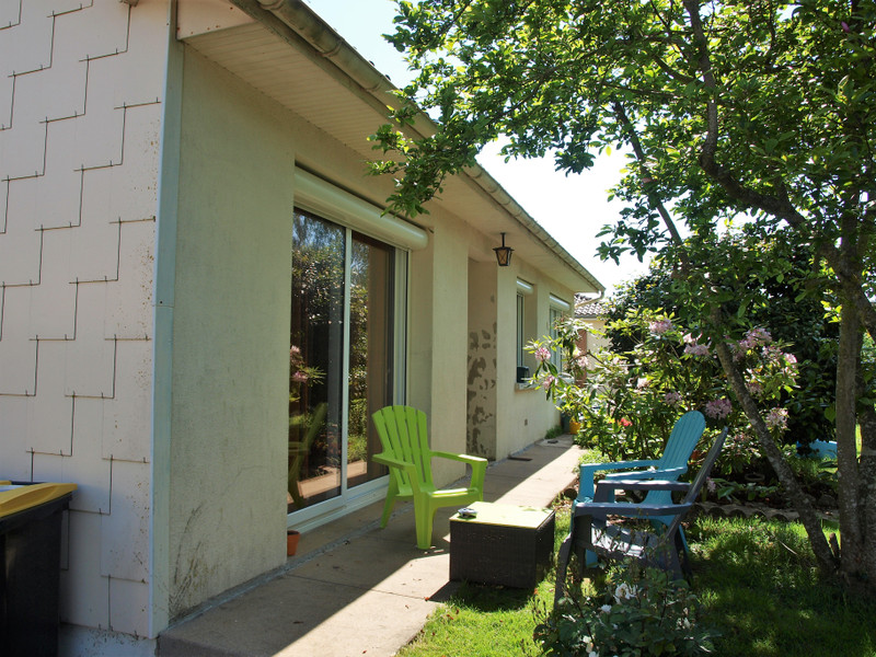 French property for sale in Rouillé, Vienne - €125,350 - photo 3
