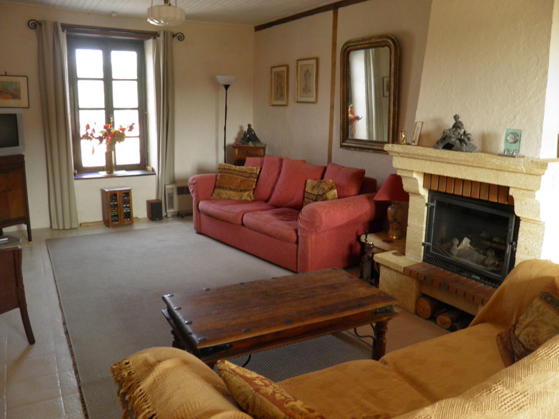French property for sale in Hyds, Allier - €99,500 - photo 4