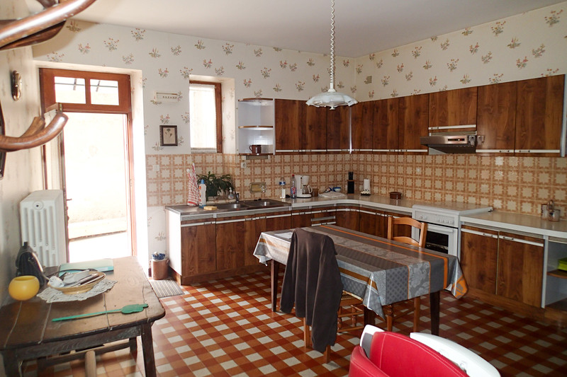 French property for sale in Bourg-Archambault, Vienne - €51,000 - photo 2