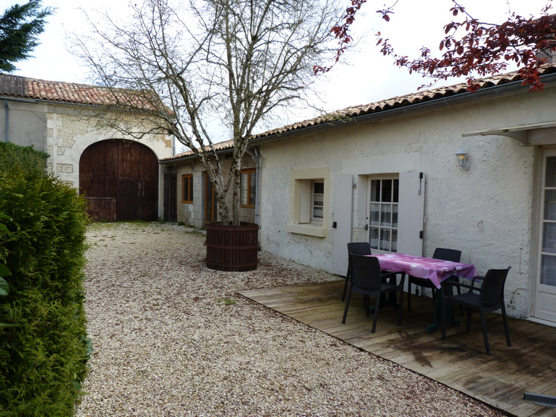 French property for sale in Mérignac, Charente Maritime - €355,100 - photo 6