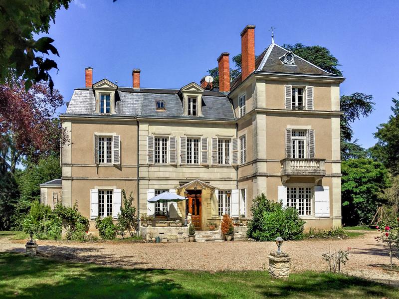 French property for sale in Marsaneix, Dordogne - €583,000 - photo 2