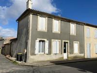 maison à vendre à Saint-Christoly-Médoc, Gironde, Aquitaine, avec Leggett Immobilier