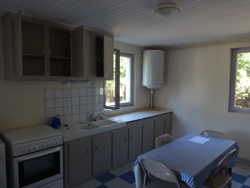 French property for sale in Saint-Bonnet-de-Condat, Cantal - €77,000 - photo 3