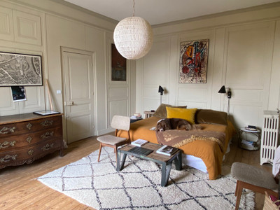 Belleme Charming townhouse dating from 1850, many original features .