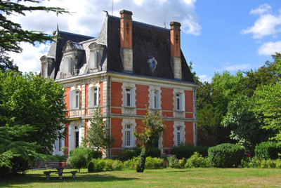 chateauin Rouffiac