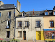 property to renovate for sale in Pré-en-Pail-Saint-SamsonMayenne Pays_de_la_Loire