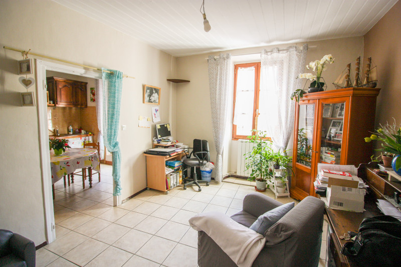 French property for sale in Les Pilles, Drôme - €151,000 - photo 4