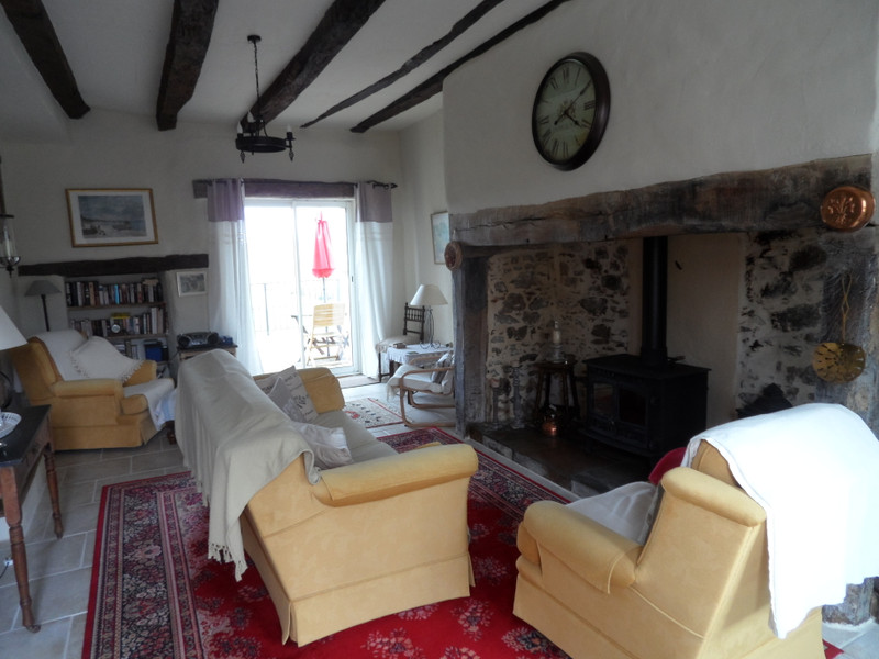 French property for sale in Uzerche, Corrèze - €149,990 - photo 4
