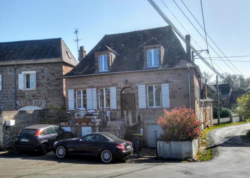 French property for sale in Saint-Cyr-la-Roche, Correze - €125,350 - photo 2
