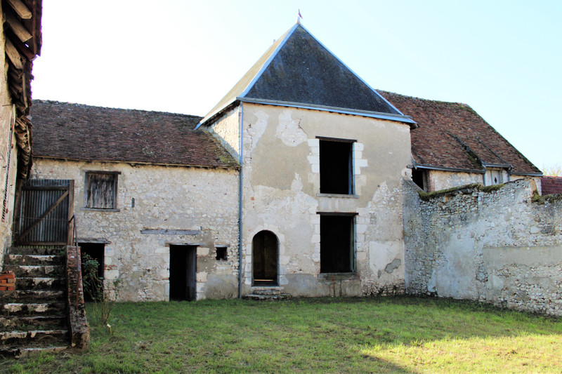 French property for sale in Blois, Loir-et-Cher - €335,000 - photo 4