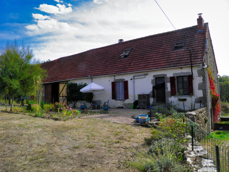 French property for sale in Hyds, Allier - €99,500 - photo 9