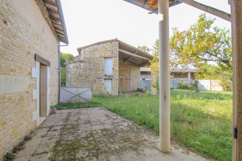 French property for sale in Angliers, Vienne - €77,000 - photo 4