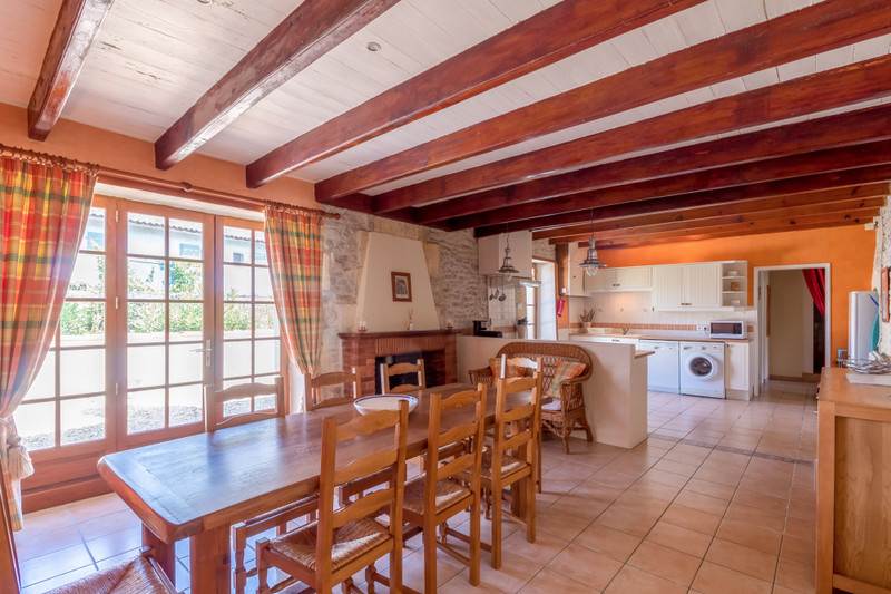 French property for sale in Migron, Charente-Maritime - €598,900 - photo 6