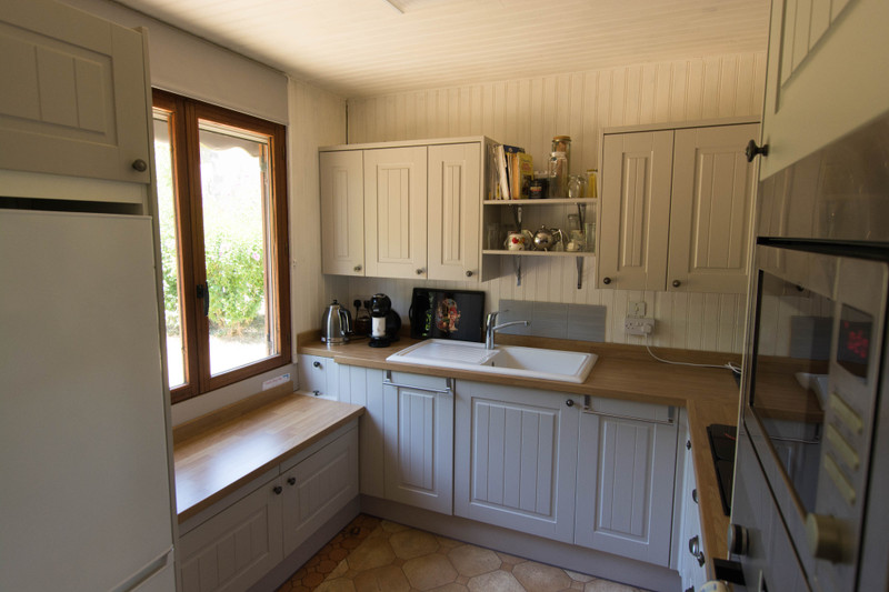 French property for sale in Luchapt, Vienne - €77,000 - photo 3