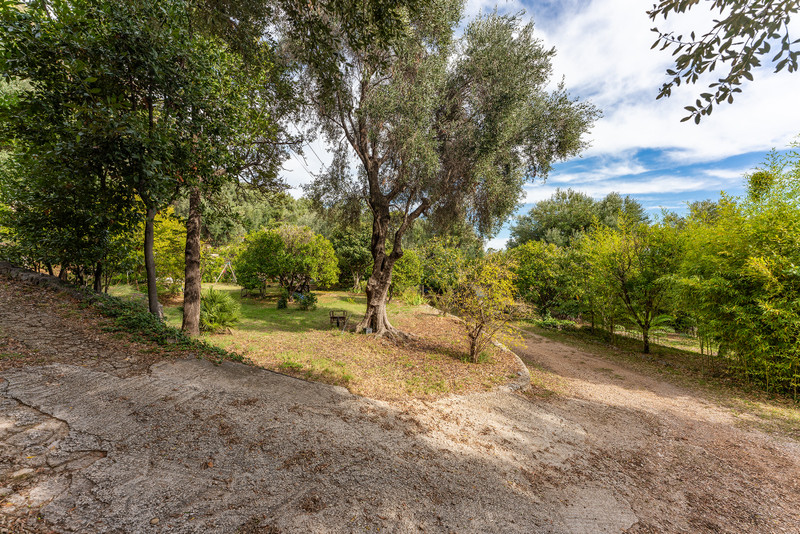 French property for sale in Cap-d'Ail, Alpes Maritimes - €1,908,000 - photo 9