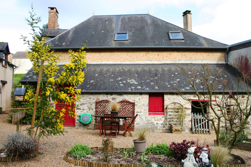French property for sale in Sillé-le-Guillaume, Sarthe - €239,625 - photo 7