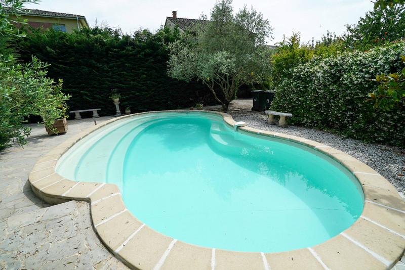 French property for sale in Agen, Lot-et-Garonne - €525,000 - photo 2