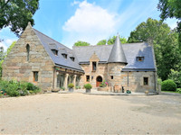 French property, houses and homes for sale in Pléguien Côtes-d'Armor Brittany