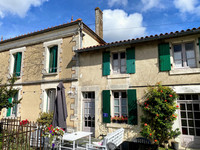 French property, houses and homes for sale inCriteuil-la-MagdeleineCharente Poitou_Charentes