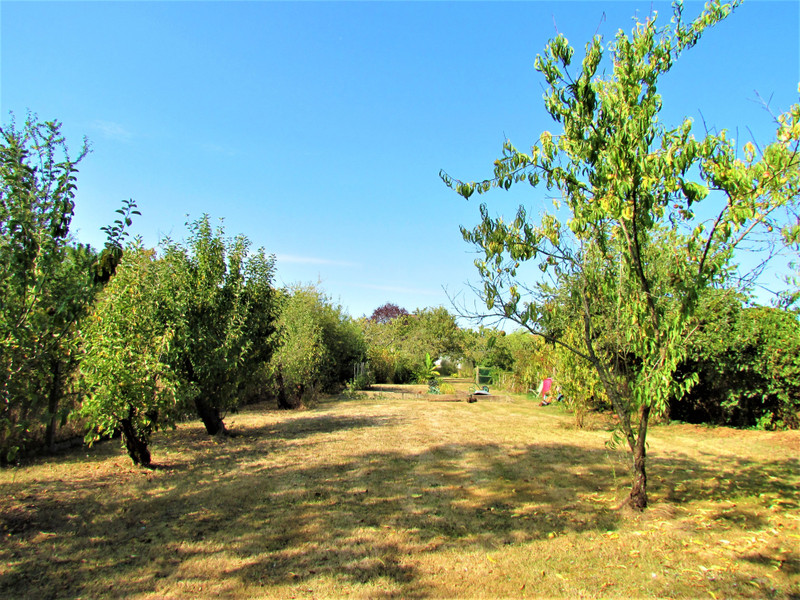 French property for sale in L'Isle-Jourdain, Vienne - €156,600 - photo 9