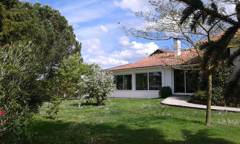 French property for sale in Clairac, Lot et Garonne - €445,200 - photo 3