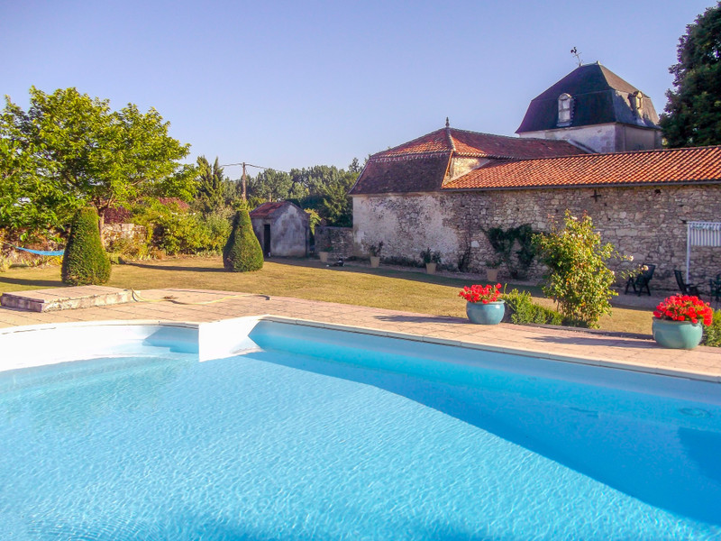 French property for sale in Verteillac, Dordogne - €975,000 - photo 9