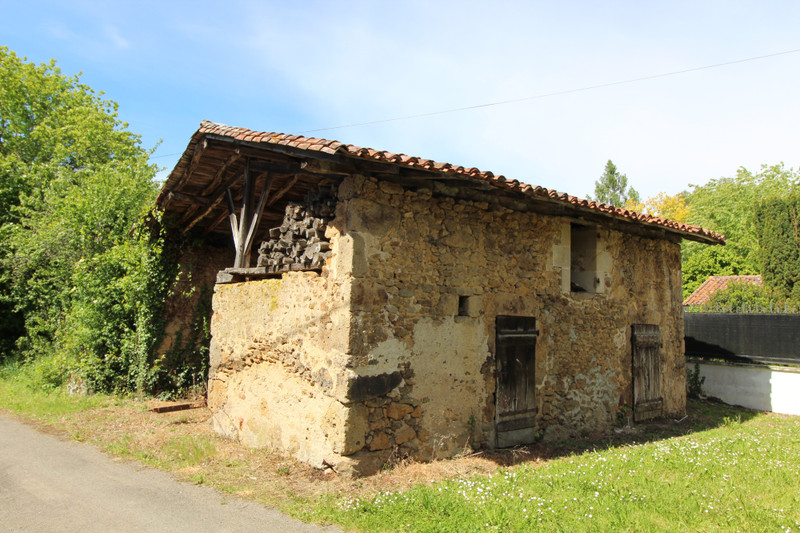 French property for sale in Pressignac, Charente - €41,000 - photo 5