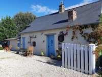 French property, houses and homes for sale inOisseauMayenne Pays_de_la_Loire