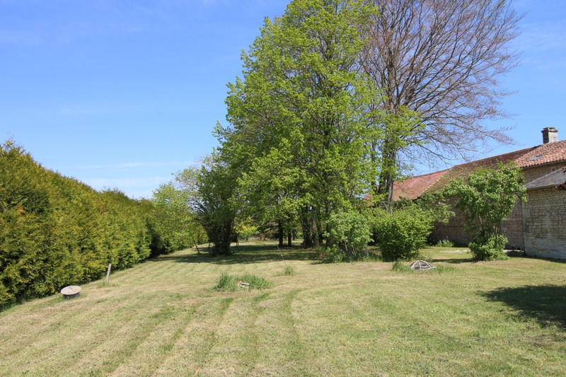French property for sale in La Tour-Saint-Gelin, Indre-et-Loire - €236,250 - photo 10