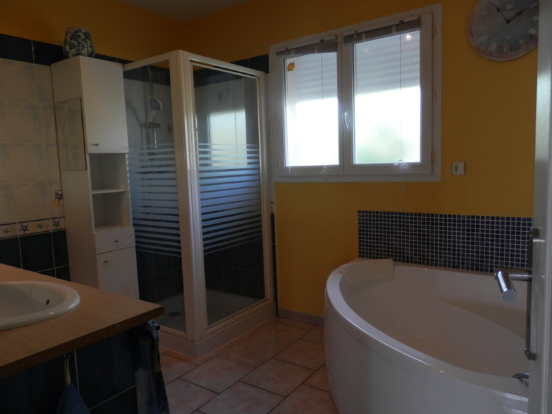 French property for sale in Ginestas, Aude - €295,000 - photo 5