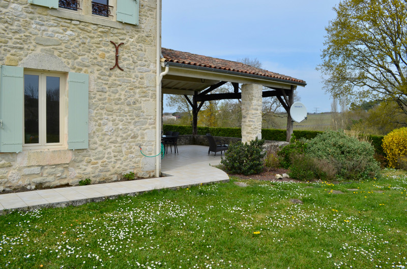 French property for sale in Landerrouat, Gironde - €330,000 - photo 2