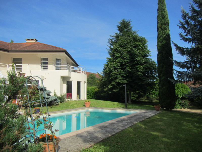 French property for sale in Chevry, Ain - €2,035,700 - photo 3