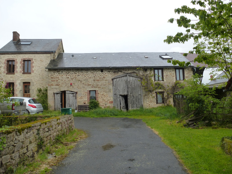 French property for sale in Dun-le-Palestel, Creuse - €71,600 - photo 3