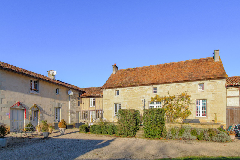 French property for sale in Monts-sur-Guesnes, Vienne - €992,500 - photo 2