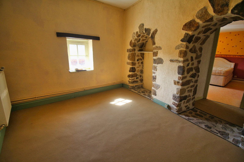 French property for sale in Abzac, Charente - €88,000 - photo 7