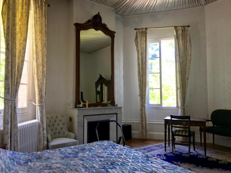 Chateau à vendre à Coutras, Gironde - 689 000 € - photo 8