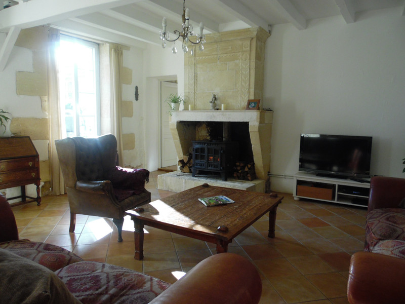 French property for sale in Bourg, Gironde - €898,880 - photo 9