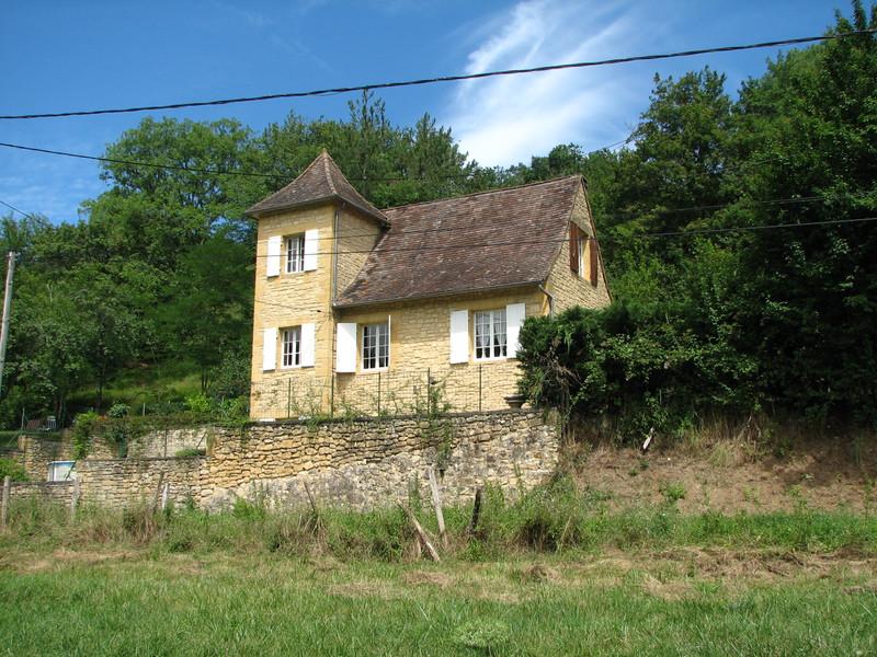 French property for sale in Siorac-en-Périgord, Dordogne - €189,000 - photo 2