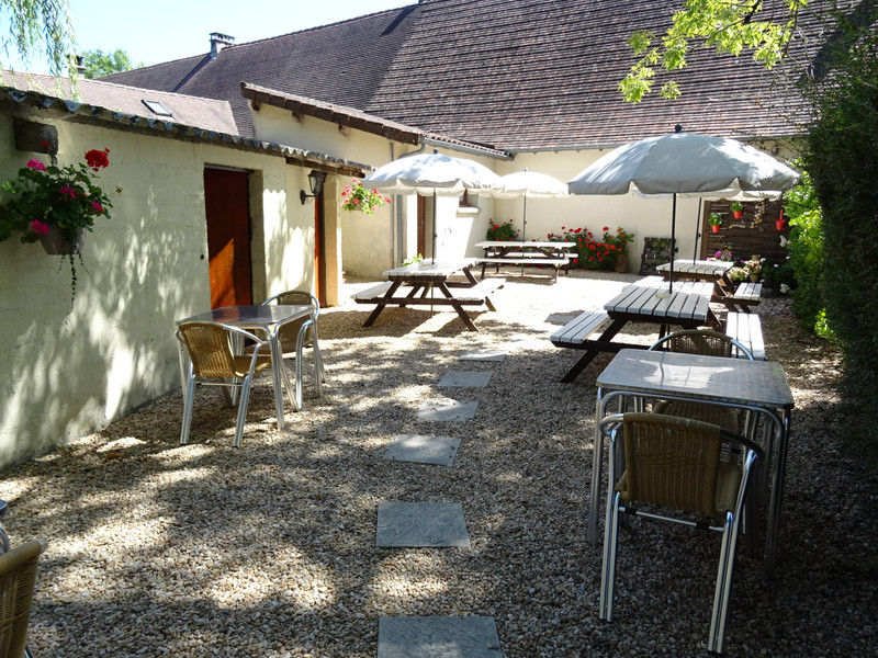 French property for sale in Thiviers, Dordogne - €299,600 - photo 2