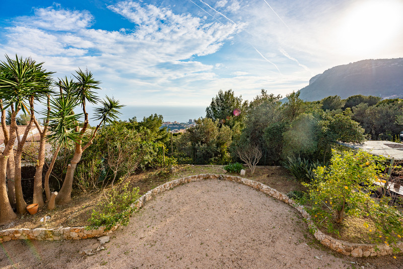 French property for sale in Beausoleil, Alpes-Maritimes - €1,199,000 - photo 8