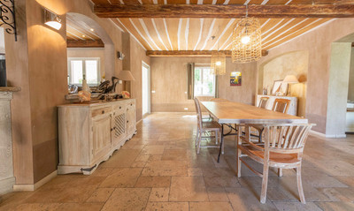 Stunning Villa finished to the highest standard, 5 Minutes from the beautiful Medieval village Of Grimaud