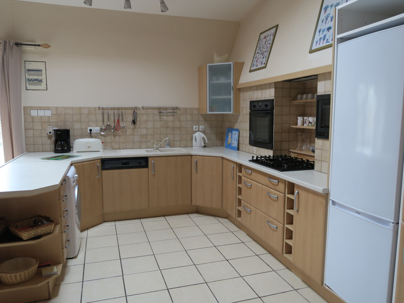 French property for sale in Paizay-le-Tort, Deux Sevres - €369,995 - photo 6