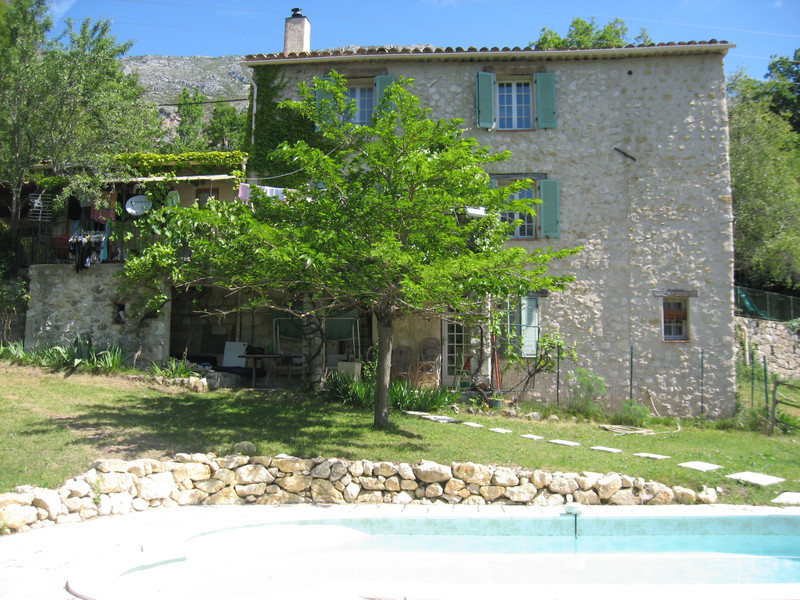 French property for sale in Gréolières, Alpes Maritimes - €570,000 - photo 2