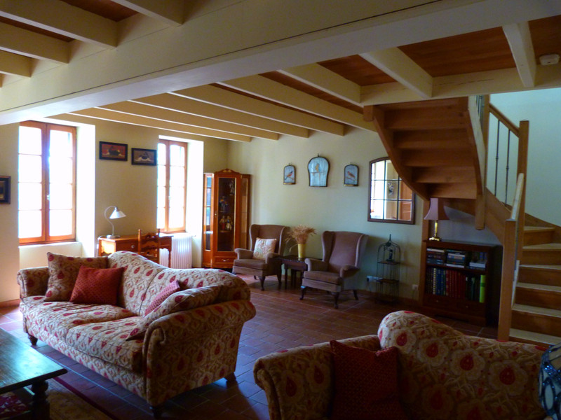 French property for sale in Vanzac, Charente-Maritime - €348,740 - photo 10